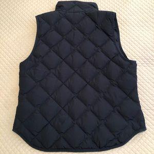 J. Crew Jackets & Coats - J. Crew Navy Puffer Vest sz L PERFECT CONDITION